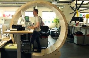 dnews-files-2014-09-human-hamster-wheel-turns-up-670-jpg